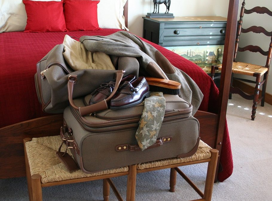 TRAVEL HACKS TO KEEP YOU CLEAN and ORGANIZED – VIDEO